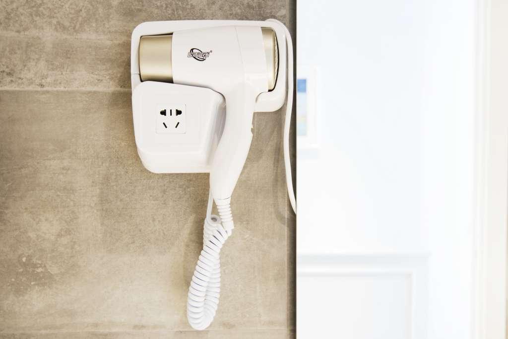 il phon asciugacapelli è disponibile in tutti gli appartamenti vacanza, junior suite e suite