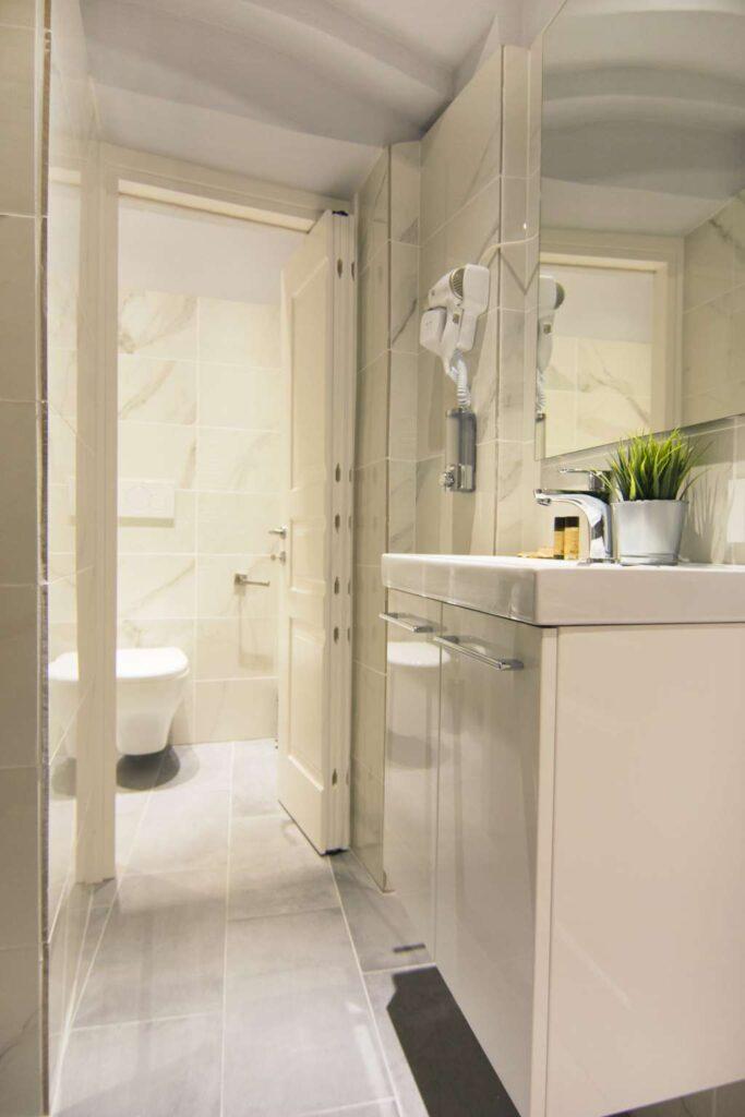 bagno camera matrimoniale superior