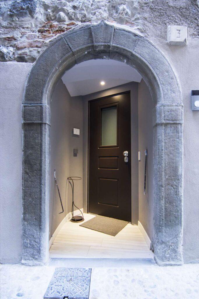 ingresso indipendente appartamento piano terra