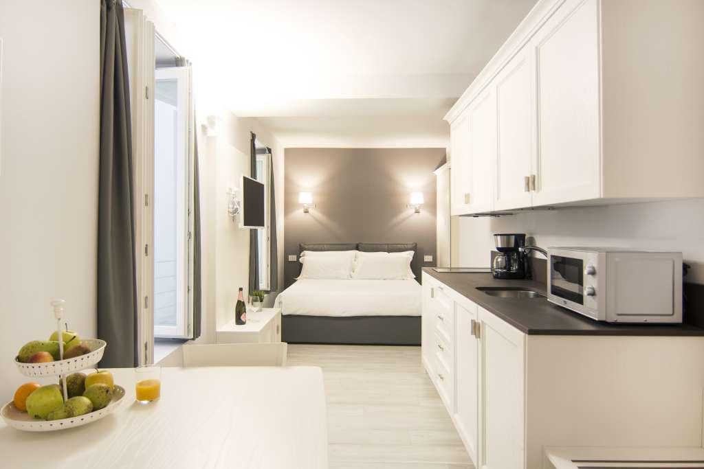 un elegante e spazioso monolocale junior suite